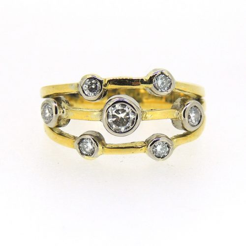 18 ct Diamond Ring