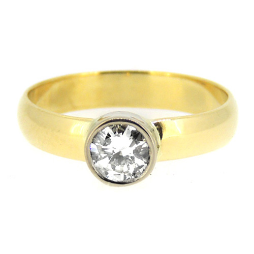 18 ct Diamond and Yellow Gold Ring