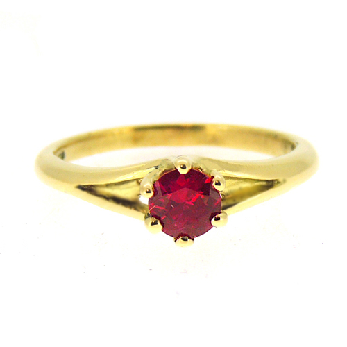 18-ct-Ruby-Engagement-Ring