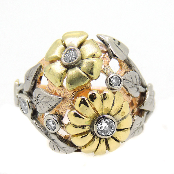 18 Carat Gold Bouquet Ring