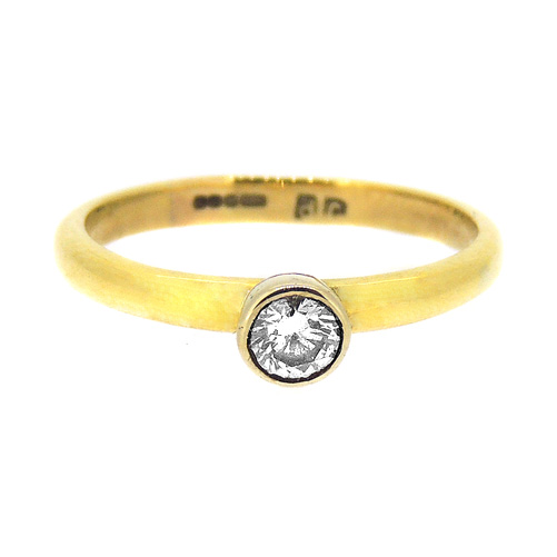 Diamond in 18 ct Yellow Gold Ring