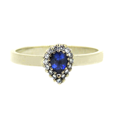 Small sapphire and diamond white gold ring